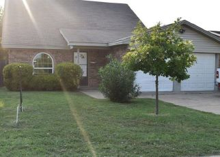 Pre Foreclosure in Fort Worth 76133 WOODWAY DR - Property ID: 1553063844