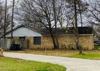 Pre Foreclosure in Fort Worth 76134 PEBBLEFORD RD - Property ID: 1553075218