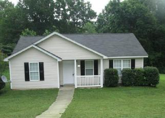 Pre Foreclosure in Charlotte 28214 GLASGOW RD - Property ID: 1553214503
