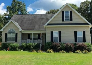 Pre Foreclosure in Pelzer 29669 GROVE FOREST CT - Property ID: 1553313483
