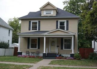 Pre Foreclosure in Davenport 52803 E 14TH ST - Property ID: 1553651602