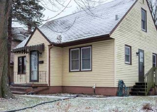 Pre Foreclosure in Davenport 52803 WESTERN AVE - Property ID: 1553652926