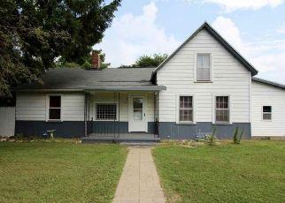 Pre Foreclosure in Farmington 61531 W COURT ST - Property ID: 1554168859