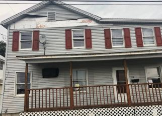 Pre Foreclosure in Lewistown 17044 S PINE ST - Property ID: 1554253825
