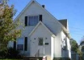 Pre Foreclosure in Kendallville 46755 N PARK AVE - Property ID: 1554738207