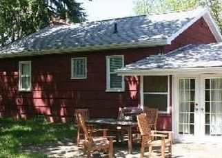 Pre Foreclosure in Waterford 48327 BANKS - Property ID: 1554778955