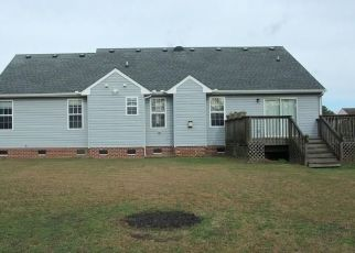 Pre Foreclosure in Grandy 27939 BAREFOOT LN - Property ID: 1554960711