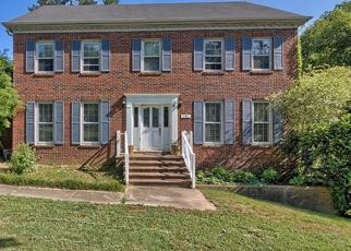 Pre Foreclosure in Matthews 28105 CHESNEY GLEN DR - Property ID: 1554981731