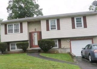 Pre Foreclosure in West Haven 06516 ASHFORD ST - Property ID: 1555336485