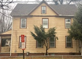 Pre Foreclosure in New Haven 06511 READ ST - Property ID: 1555354440