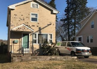 Pre Foreclosure in Meriden 06450 PARKER AVE S - Property ID: 1555363641