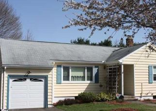 Pre Foreclosure in Hamden 06514 RENTELL RD - Property ID: 1555374139