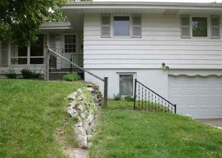 Pre Foreclosure in Omaha 68114 HILLSIDE DR - Property ID: 1555677670