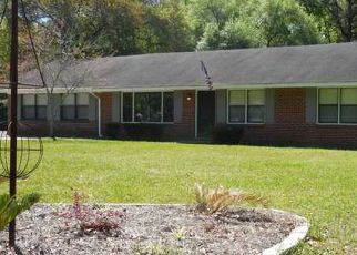 Pre Foreclosure in Satsuma 36572 VEEGEE ST - Property ID: 1555857680