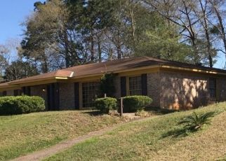 Pre Foreclosure in Mobile 36608 PARKWOOD DR W - Property ID: 1555860296