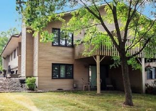 Pre Foreclosure in Inver Grove Heights 55076 76TH ST E - Property ID: 1555995642