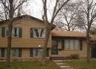 Pre Foreclosure in Saint Paul 55117 LIGHTNER PL - Property ID: 1556037683