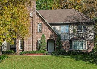Pre Foreclosure in Minnetonka 55345 BEAVERWOOD RD - Property ID: 1556051251