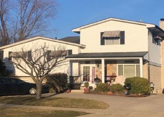 Pre Foreclosure in Warren 48088 LANCASTER DR - Property ID: 1556176969