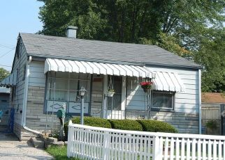 Pre Foreclosure in Warren 48089 CONTINENTAL AVE - Property ID: 1556181782