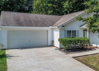 Pre Foreclosure in Charlotte 28215 SHINY MEADOW LN - Property ID: 1556268941