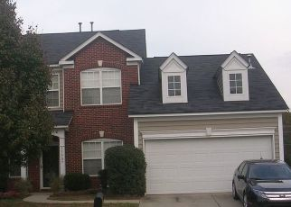 Pre Foreclosure in Charlotte 28278 CHAPECLANE RD - Property ID: 1556280313