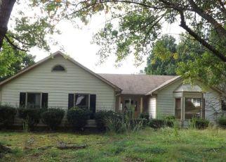 Pre Foreclosure in Greensboro 27410 RIVER HILLS DR - Property ID: 1556296974