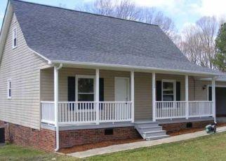 Pre Foreclosure in Ramseur 27316 PLEASANT RIDGE RD - Property ID: 1556333757
