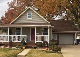 Pre Foreclosure in Alton 62002 VIRDEN ST - Property ID: 1556500172