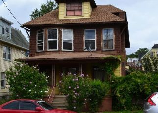 Pre Foreclosure in Wilkes Barre 18705 WYOMING ST - Property ID: 1556554491