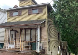 Pre Foreclosure in Wilkes Barre 18706 S MAIN ST - Property ID: 1556566311