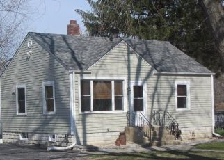 Pre Foreclosure in Crown Point 46307 MAPLE ST - Property ID: 1556878594