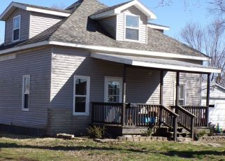 Pre Foreclosure in West Frankfort 62896 S GARDNER ST - Property ID: 1557050722