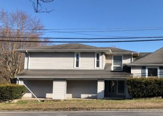 Pre Foreclosure in West Frankfort 62896 E MAIN ST - Property ID: 1557059475