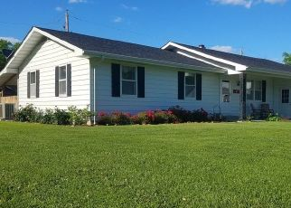 Pre Foreclosure in Ridgway 62979 E MAIN ST - Property ID: 1557125161