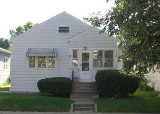 Pre Foreclosure in Waterloo 50702 BALTIMORE ST - Property ID: 1557476422