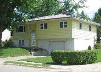 Pre Foreclosure in Dubuque 52002 WALLER ST - Property ID: 1557546499