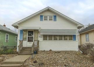 Pre Foreclosure in Waterloo 50702 BALTIMORE ST - Property ID: 1557550442