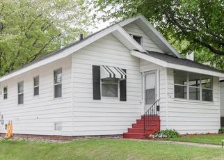 Pre Foreclosure in Cedar Rapids 52403 18TH ST SE - Property ID: 1557564456
