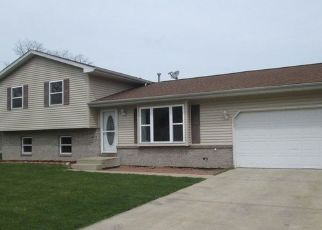Pre Foreclosure in Portage 46368 LEXINGTON AVE - Property ID: 1557794390
