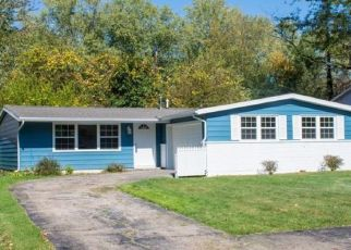 Pre Foreclosure in South Bend 46614 DICE ST - Property ID: 1557827686