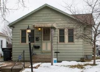 Pre Foreclosure in South Bend 46615 S 29TH ST - Property ID: 1557829879