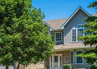 Pre Foreclosure in Lansing 60438 OAKWOOD AVE - Property ID: 1557930163