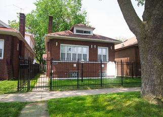 Pre Foreclosure in Chicago 60617 S MERRILL AVE - Property ID: 1557933677