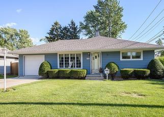 Pre Foreclosure in Joliet 60435 LEMORR AVE - Property ID: 1557995875