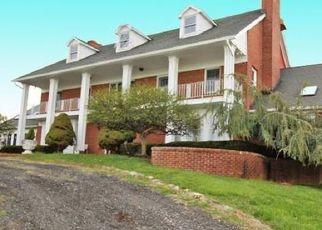 Pre Foreclosure in Califon 07830 FAIRMOUNT RD W - Property ID: 1558159223