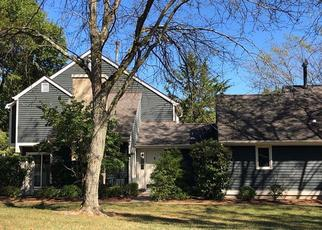 Pre Foreclosure in Basking Ridge 07920 VILLAGE DR - Property ID: 1558281870