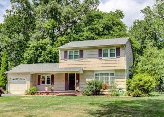 Pre Foreclosure in Hightstown 08520 LYNNFIELD DR - Property ID: 1558325216