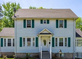 Pre Foreclosure in West Hartford 06107 BEECHWOOD RD - Property ID: 1558360702