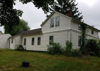 Pre Foreclosure in Manchester 06040 HARTFORD RD - Property ID: 1558369904